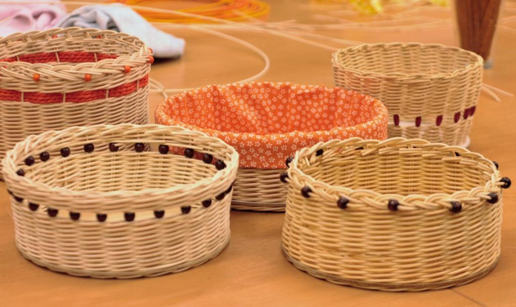 Tvořivé dílny - pletení košíků z pedigu  b975ccc1b0